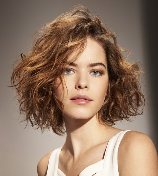short-and-curled-rambut-tipis